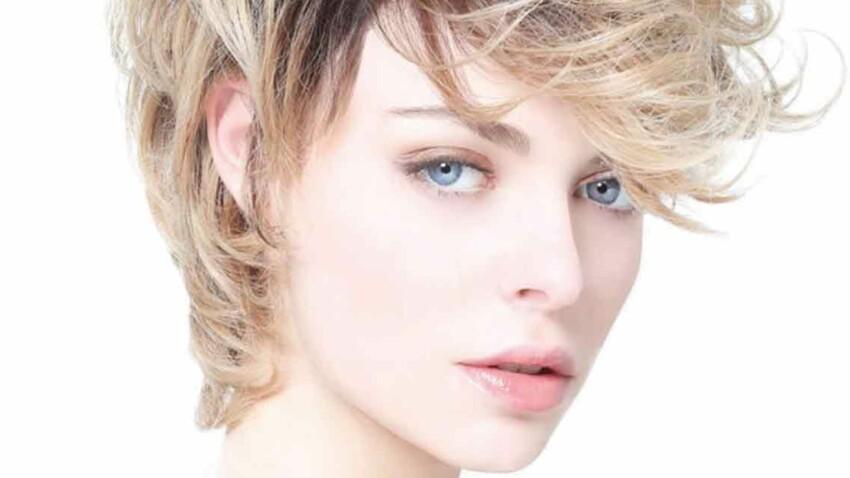 Vidéo : conseils coupe de cheveux pour affiner le visage