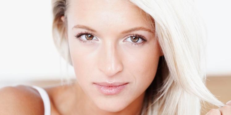 Blond cendré : les conseils pour bien le porter