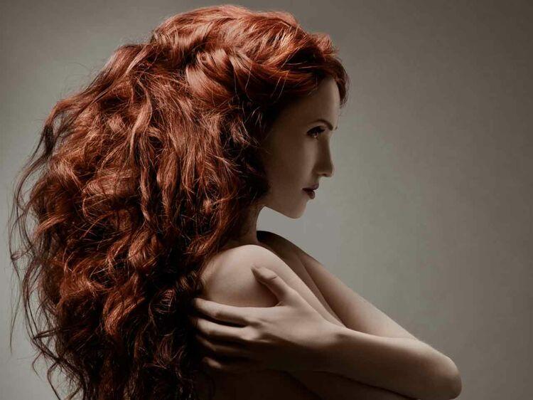 Photos cheveux couleur acajou