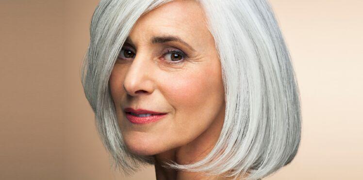 Comment porter les cheveux blancs à 60 ans ?
