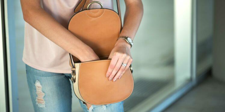 5 essentiels beauté à avoir absolument dans son sac à main