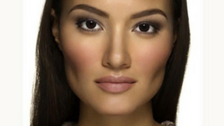 Astuce maquillage : la tendance mauve