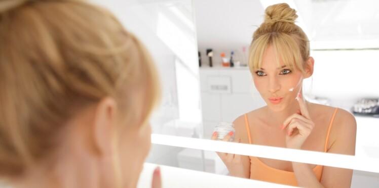 Base de maquillage, mode d'emploi
