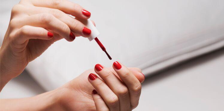 5 astuces hyper efficaces pour faire durer sa manucure plus longtemps