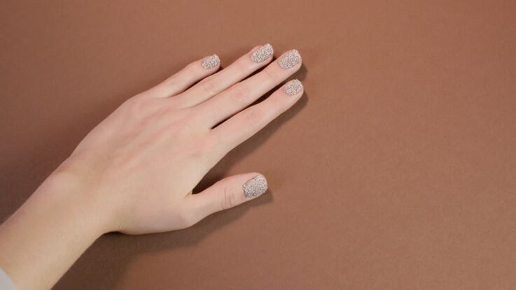 Tutoriel manucure : les ongles glamour (vidéo)
