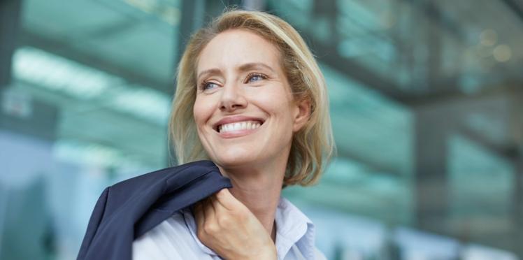 Maquillage anti-âge : 10 conseils pour un effet coup de jeune