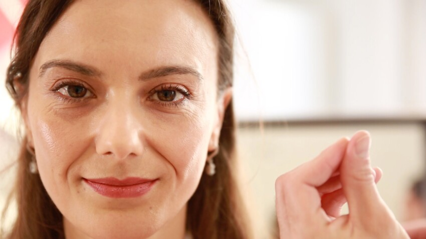 Maquillage anti-âge : les astuces anti-fatigue