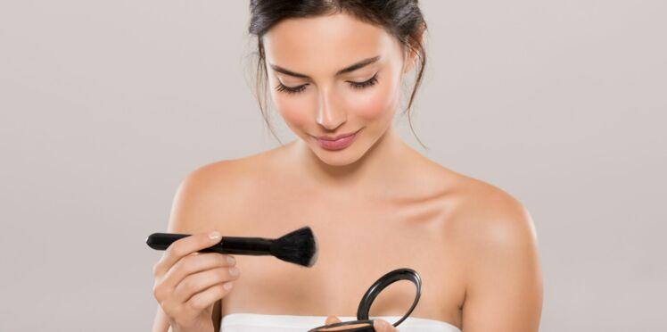 Comment bien nettoyer ses pinceaux de maquillage
