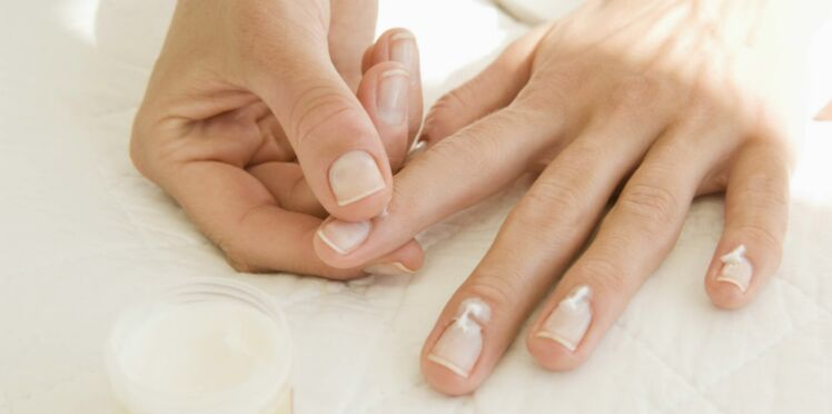 5 façons de prendre soin de ses ongles entre deux manucures