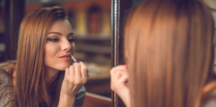 Maquillage : nos astuces pour des lèvres pulpeuses