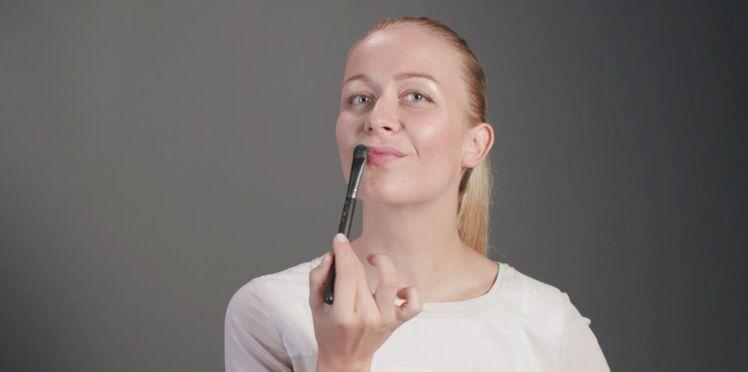 Les lèvres mates (vidéo)