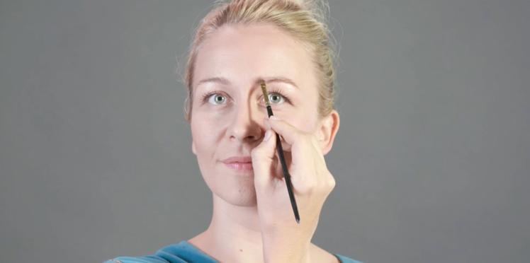 Tutoriel maquillage : définir ses sourcils (vidéo)
