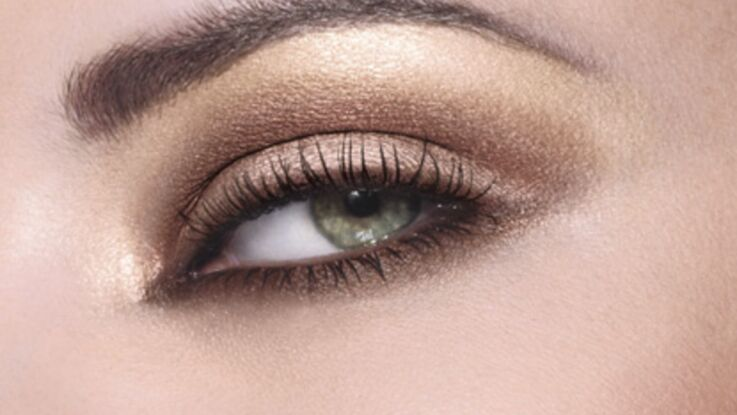 Le regard smoky nude
