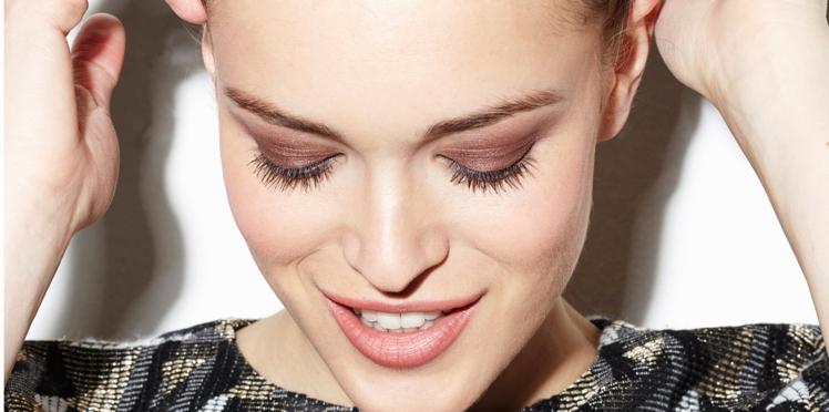 Vidéo : le make-up cuivré sur les paupières