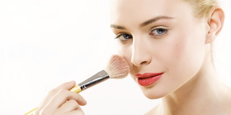 Contouring : le make-up pour tricher sans chirurgie