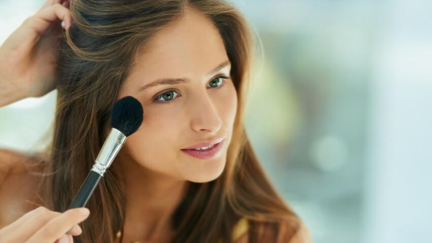 L'erreur make-up à ne surtout pas faire avec une poudre bronzante