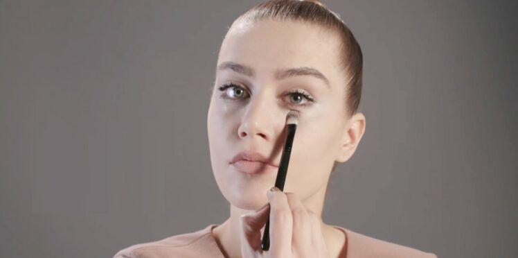 Tutoriel maquillage : l'application de l'anticernes (vidéo)