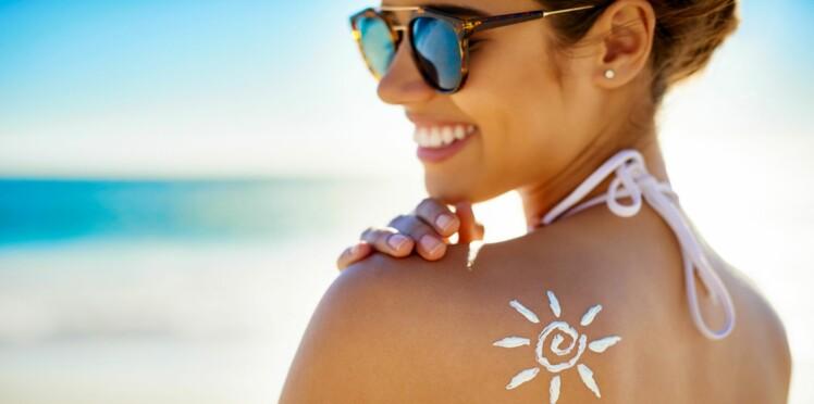 L'astuce géniale pour se mettre de la crème solaire dans le dos