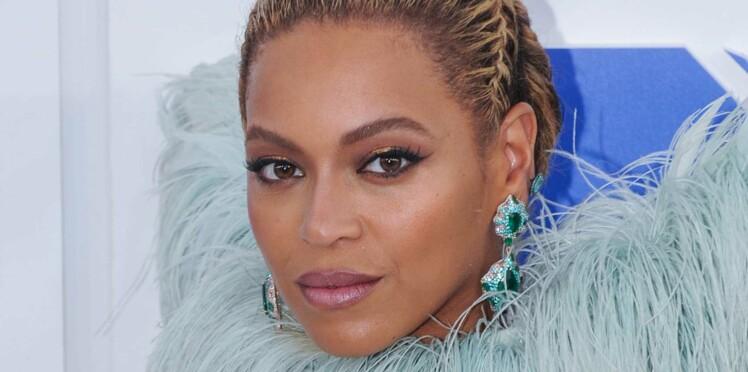 L'astuce insolite (et à ne pas suivre) de Beyoncé pour avoir des sourcils parfaits