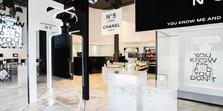 La beauté Chanel sur les Champs-Elysées