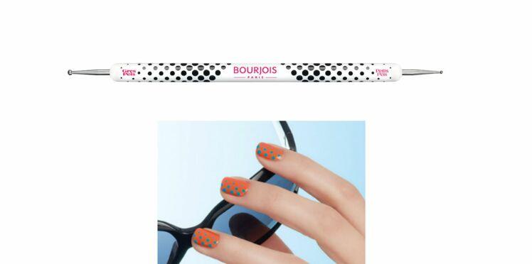 Accessoire futé pour ongles design