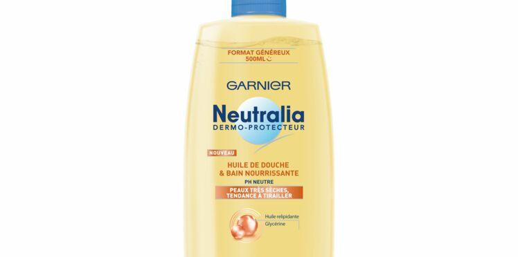 Une huile de douche spéciale peau sèche