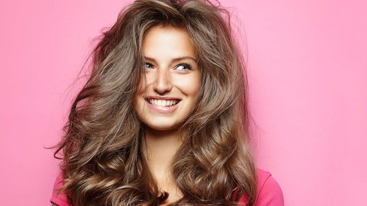 L'astuce magique pour savoir si vos cheveux sont en bonne