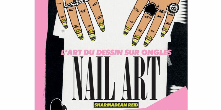 À lire: la bible du nail-art par Sharmadean Reid