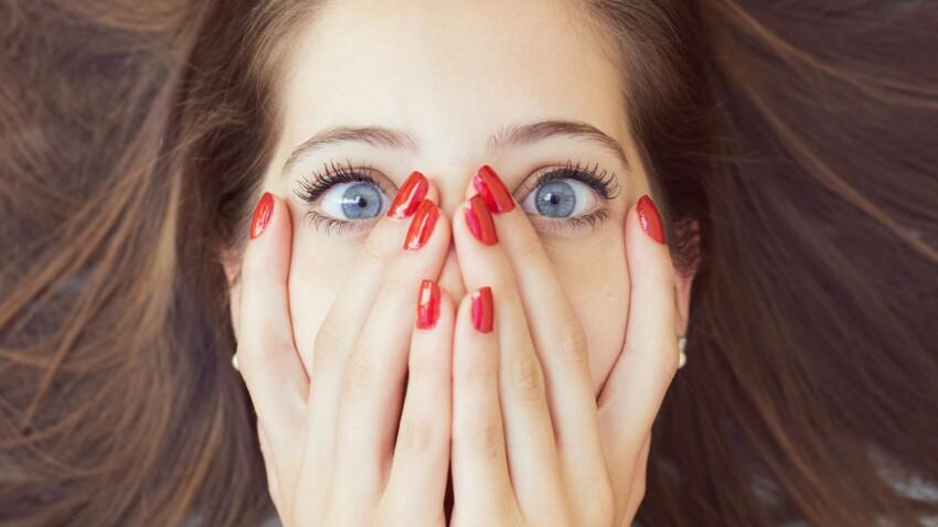 PHOTOS - La nouvelle tendance improbable : les extensions de poils de nez