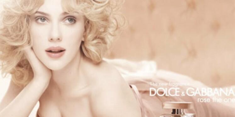 Scarlett Johansson, égérie du parfum The One de Dolce & Gabbana
