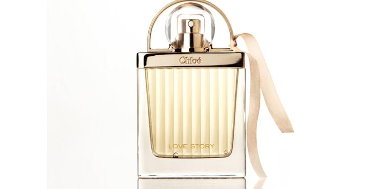 """Toutes """"in love"""" de cette nouvelle fragrance"""