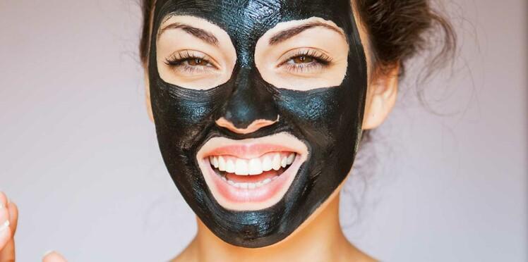 Soins au charbon, le nouveau rituel pour une peau parfaite