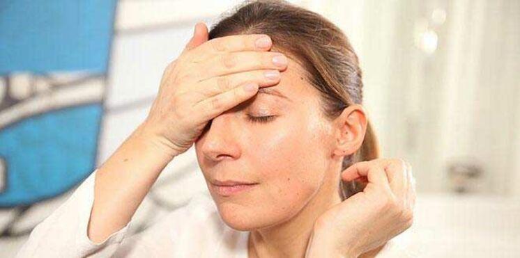 Vidéo : comment atténuer les taches sur le visage ?