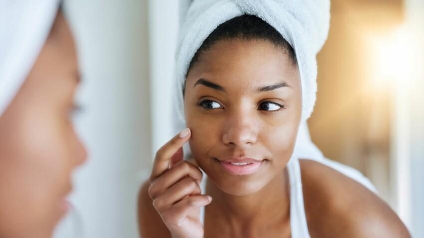 5 mauvais réflexes qui abîment notre peau