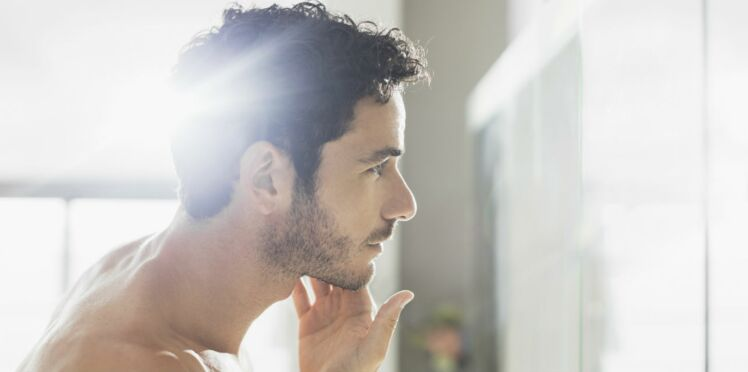 Homme : 3 trucs pour éviter les poils incarnés sur le visage