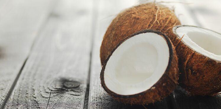 L'huile de coco sublime la peau: comment l'utiliser pour le corps et le visage?