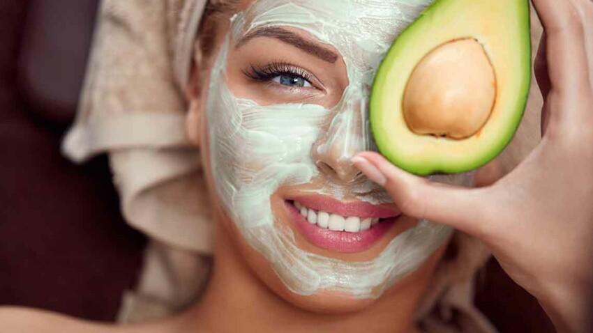 10 recettes de masques visage peau sèche avec des produits naturels