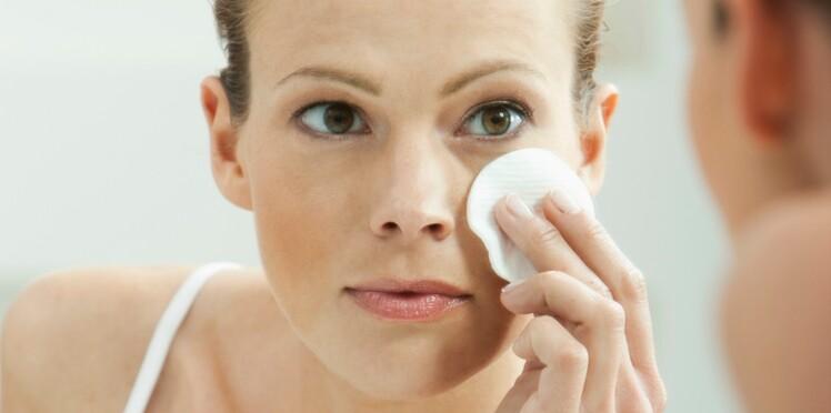 Ces démaquillants qui prennent soin de notre peau