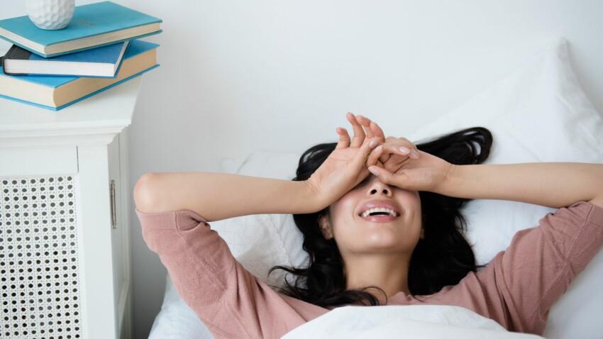 7 astuces qui marchent pour se réveiller de bonne humeur