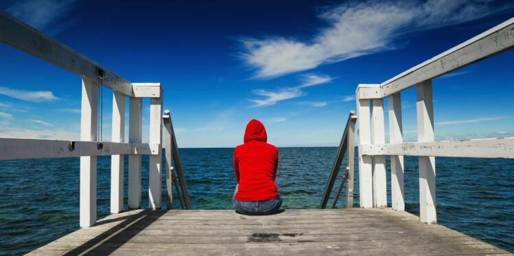 Comment réagir lorsque quelqu'un parle de suicide? Une spécialiste nous répond