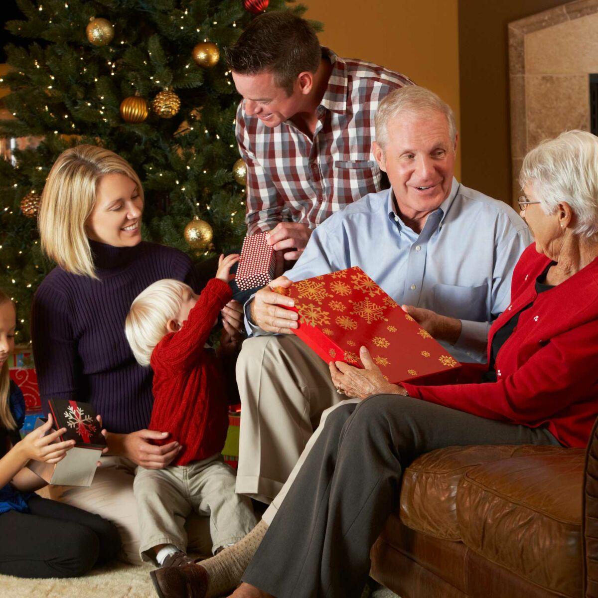 Idée De Jeux En Famille Pour Noel noël et les fêtes de famille : pourquoi est-il important de
