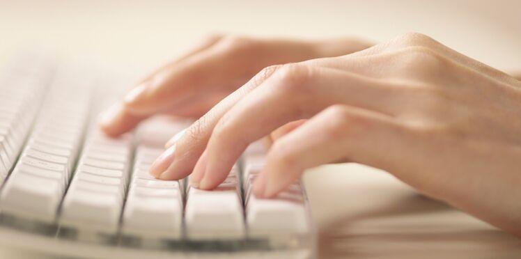 Taper sur un clavier d'ordinateur rendrait moins intelligent