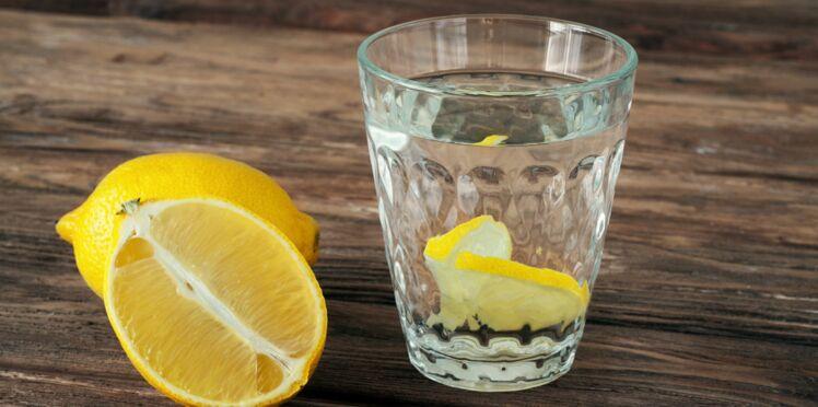 Eau citronnée : la super boisson qui booste notre métabolisme
