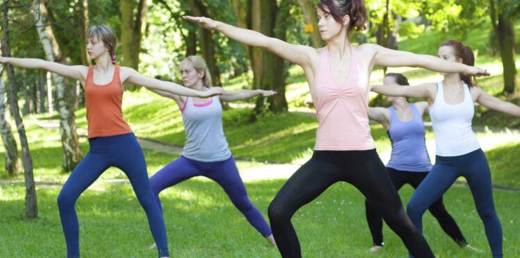 Une séance de yoga gratuite en plein air