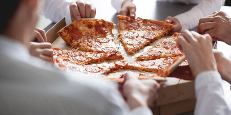 Une pizza fait plus plaisir aux salariés qu'un compliment de leur boss