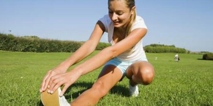 S'étirer avant un exercice augmenterait la souplesse