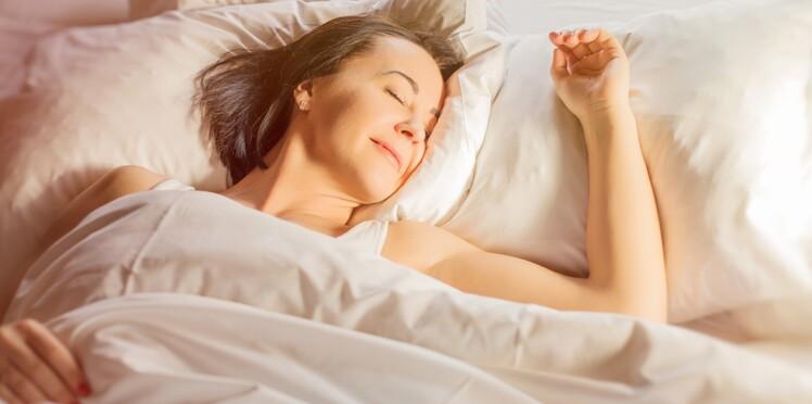 Canicule : 5 astuces pour trouver le sommeil quand il fait chaud