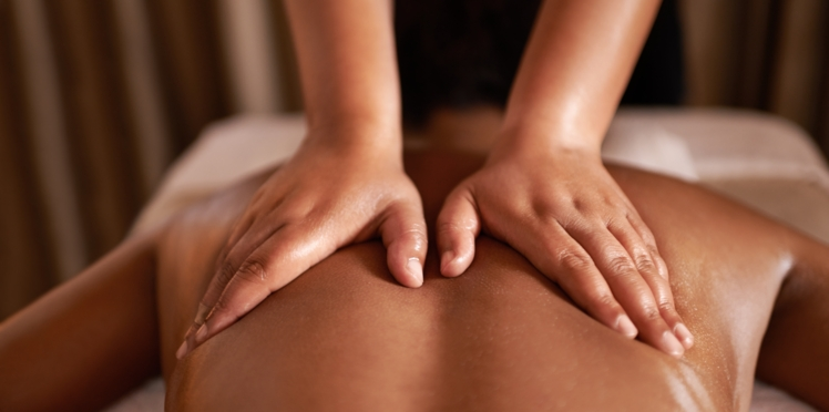 Massage californien : comment le réaliser à la maison ?