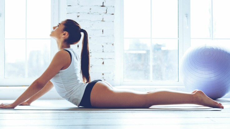 10 exercices de pilates à piquer à la star du fitness sur Instagram