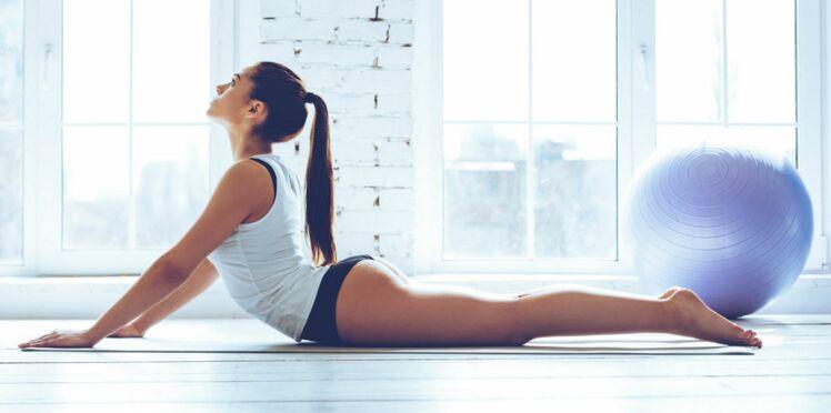 10 exercices de pilates à piquer à la star du fitness sur Instagram